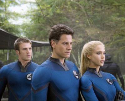 Ioan Gruffudd, Jessica Alba & Chris Evans in Fantastic Four: Rise of the