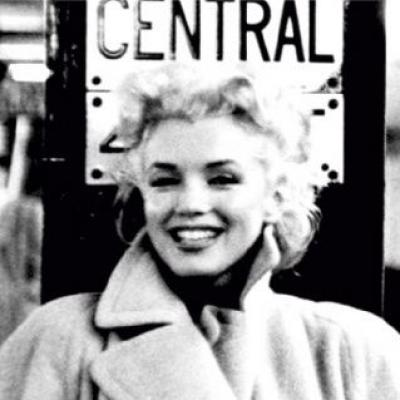 Marilyn Monroe - Grand Central